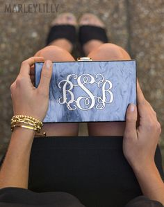 We're in love with this chic Monogrammed Box Clutch for any black tie event! #monogrammed #blacktie #clutch