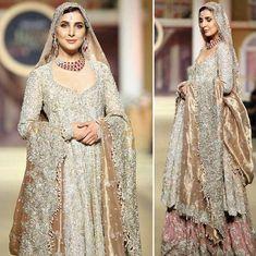 #FarahTalibAziz presents their latest sole masterpiece The Rose Sphinx Bridal at Hum Bridal Couture Week 2017 #FarahTalibAzizBRIDES✨