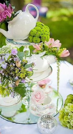 Modern Fairytale | Alice in Wonderland | Tea Party | Jamie b