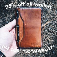 That's right, 25% off all wallets until Nov 1st. A little code entered at checkout is all it takes to get you a Travel Wallet like this beautifully worn example sent in by @oliverlecroyco for $117, with free shipping. These are normally $156 and once it's gone, it's gone. Applies to any wallet on the site. #loyalstricklin #leather #sale #walletsale #onlinesale #newthingscomingsoon #outwiththeoldinwiththenew #outwiththeold