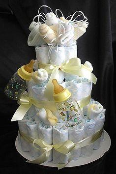 подарок на рождение малыша Baby Shower Gift Basket, Baby Hamper, Baby Shower Diapers, Diy Diaper Cake, Nappy Cakes, Baby Shower Centerpieces, Baby Shower Decorations, Baby Presents, Baby Gifts