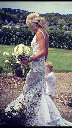 Absolutely in love with this boho lace wedding dress by Jane Hill. Wow.  I loved my dress and have never seen one I liked better...until now!