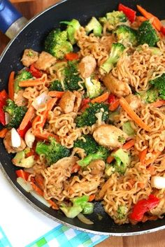Noodle Chicken Stir Fry with Peanut Sauce Tasty noodles & chicken covered in a savory peanut sauce & tossed with fresh vegetables.Tasty noodles & chicken covered in a savory peanut sauce & tossed with fresh vegetables. Ramen Noodle Chicken Stir Fry, Peanut Chicken Stir Fry, Recipes With Ramen Noodles, Peanut Sauce Stir Fry, Top Ramen Recipes, Stir Fry Noodles, Chicken Noodles, Veggie Stir Fry, Healthy Ramen