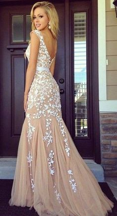 Sexy Open Back Long Prom Dresses Deep V Back Chiffon Sequins Party Gowns Applique Prom Dress