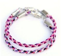 Super Easy Kumihimo Bracelets | FaveCrafts.com These stunning free bracelet patterns are made by weaving strands of embroidery floss together to make a stunning design that will shine on anyone's wrist. Whether you are looking for a boredom-buster on a rainy afternoon or need a great summer camp activity, kumihimo bracelets are a time-honored summer tradition that you are going to love.