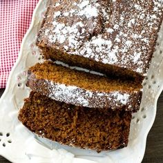 overhead view of powdered sugar topped gingerbread loaf Holiday Bread, Christmas Bread, Holiday Baking, Christmas Desserts, Christmas Baking, Gingerbread Loaf Recipe, Gingerbread Cake, Christmas Gingerbread, Just Desserts