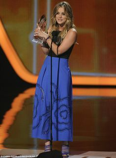 Kaley Cuoco 2014 People's Choice Awards | ... Kaley Cuoco praises husband Ryan Sweeting after scooping People's