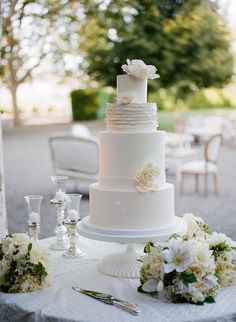 Beaulieu Garden Wedding by Meg Smith Diy Wedding Cake, Wedding Cakes With Cupcakes, Beautiful Wedding Cakes, Wedding Cake Designs, Cupcake Cakes, Beautiful Cakes, Amazing Cakes, Wedding Stuff, Different Wedding Cakes