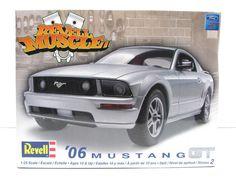 2006 Ford Mustang GT Revell 85-2839 1/25 New Car Model Kit – Shore Line Hobby