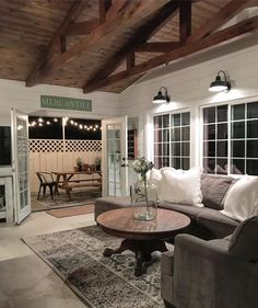Are you searching for ideas for farmhouse living room? Check out the post right here for unique farmhouse living room inspiration. This particular farmhouse living room ideas looks totally brilliant. Cozy Living Rooms, Living Room Decor, Living Spaces, Home Design, Interior Design, Design Ideas, Design Inspiration, Wall Design, Farmhouse Remodel