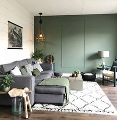 Olive Living Rooms, Living Room Green, Home Living Room, Living Room Decor, Green Interior Design, Interior Design Living Room, Living Room Designs, Olive Green Rooms, Feature Wall Living Room