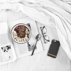 And sometimes a little change is a good thing. Happy Monday y'all Gorgeous phone case from Dslr Photography Tips, Flat Lay Photography, Photography For Beginners, Food Photography, Lifestyle Photography, Richmond And Finch, Beauty Background, Flatlay Styling, You Are Awesome