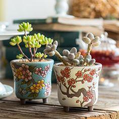 of 2 - Beautiful Flower Style Ceramic Planters - The listing is for 1 set of. Ceramic Planters, Ceramic Clay, Ceramic Vase, Ceramic Pottery, Pottery Art, Succulent Pots, Cacti And Succulents, Cactus, Cerámica Ideas