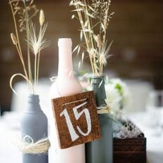 These 12 gorgeous wedding centerpiece ideas are creative, unique, and 100% DIY-able! Photo via Aaron Courter Photography.