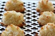 Easy Coconut Almond Macaroons- low carb, gluten free, sugar free, dairy free, but oh so yummy! A THM S dessert or snack! (I agree w/commenter: Add 1 or 2 Tbsp. EACH coconut oil & heavy cream) Sugar Free Desserts, Sugar Free Recipes, Gluten Free Desserts, Gluten Free Recipes, Low Carb Recipes, Vegetarian Recipes, Meal Recipes, Shake Recipes, Pasta Recipes