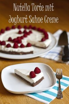 Nutella Zwieback Kuchen mit Joghurt Sahne Creme und Himbeeren