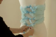 How to make a frock out of tulle for photo shoots. By Sue Bryce