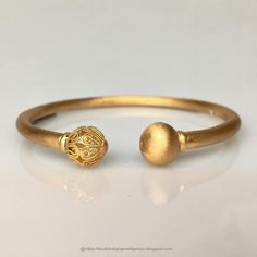 2019 Latest Jewellery Designs From Lalitha Jewellery Gold Ring Designs, Gold Bangles Design, Gold Earrings Designs, Gold Jewellery Design, Gold Mangalsutra Designs, Gold Bracelet For Women, Gold Jewelry Simple, Latest Jewellery, Antique Jewelry