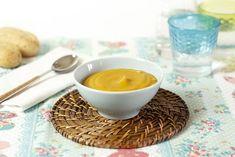Una manera diferente de cocinar cremas de hortalizas y verduras: asarlas en Crock Pot. Quítate el frío del invierno con esta crema de calabaza, chirivía y naranja.