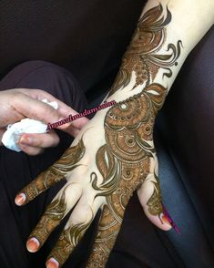 Hina, hina or of any other mehandi designs you want to for your or any other all designs you can see on this page. modern, and mehndi designs Eid Mehndi Designs, Khafif Mehndi Design, Henna Hand Designs, Mehndi Designs For Girls, Mehndi Design Pictures, Wedding Mehndi Designs, Stylish Mehndi Designs, Latest Mehndi Designs, Beautiful Mehndi Design