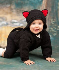 Stricke diesen Pullover und die Mütze für das süßeste schwarze Kätzchen, das jemals deinen Weg kreuzte. Selbstverständlich kannst du das Kätzchen in jeder anderen Farben machen. Nach Halloween kannst...