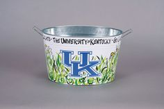 University of Kentucky Ice / Drink Bucket - Magnolia Lane University Of Kentucky Football, Kentucky Wildcats, Tyler Candles, Drink Bucket, Graduation Open Houses, Coton Colors, Paint Buckets, Equestrian Gifts, Bar Games