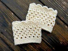 Lacy Scalloped Crochet Boot Cuffs (a free pattern)