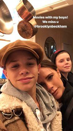 David Beckham Family, Posh And Becks, Victoria Fashion, Victoria Beckham Style, Cute Teenage Boys, Spice Girls, Millie Bobby Brown, Family Goals, Hot Boys