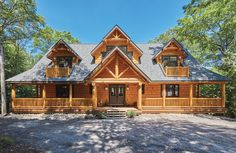 Mountain Homes A Large Lake Home With Views From Every Room Outdoor Bar Furniture – A Necessity If Y The Loft, Large Log Cabins, Building A Cabin, Building Homes, Haus Am See, Log Home Interiors, Mountain Homes, Mountain Cabins, Small Cottages