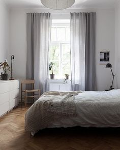 fter travelling for the past two weeks it's so nice to be home again and enjoy some peace and quite Bedroom Drapes, Dream Bedroom, Bedroom Decor, Kitchens And Bedrooms, Bedroom Color Schemes, Loft Spaces, Minimalist Bedroom, New Room, Beautiful Interiors
