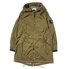 Parka in a performance fabric made up of an outer opaque light nylon layer laminated to a very fine breathable, water and wind resistant inner membrane, protect Cool Jackets, Winter Jackets, Fashion Details, Fashion Design, Fashion Trends, Outdoor Fashion, Stone Island, Her Style, Military Jacket