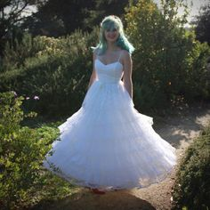 Vintage 1960s Tiered Lace Wedding Gown with Sequined Bodice by DaintyRascal, $148.00 Vintage Dresses For Sale, Sweetheart Wedding Dress, Wedding Gowns, Lace Wedding, Summer Dresses, Formal Dresses, Silk Satin, Getting Married, Dream Wedding