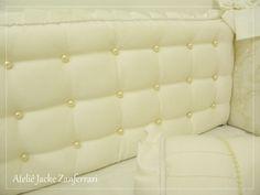 Jacke Zanferrari :: Ateliê Jacke Zanferrari, estabelecido desde 2001 na cidade de Maringá –Pr, atuando no mercado de decoração de quartos de crianças e bebês fornecendo produtos de excelente qualidade para todo o Brasil. Visite nossa loja virtual.