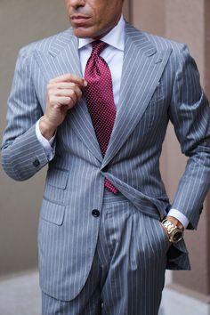 Stylish Mens Outfits, Cool Outfits, Men's Outfits, Pierre Cardin Suits, Mens Tailored Suits, Mens Suits, British Style Men, Dapper Men, Dapper Gentleman
