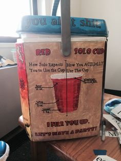 ideas for how to kiss a guy step by step cooler painting Fraternity Gifts, Fraternity Coolers, Frat Coolers, Diy Cooler, Coolest Cooler, Formal Cooler Ideas, Bubba Keg, Greek Crafts, Red Solo Cup