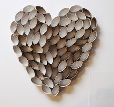 I recently saw a wreath made out of cut paper towel roll pieces so I thought how easy is this and no cost, the kids would love this. So I wa… You are in the right place about Toilet paper magazine Here we offer you the most beautiful pictures about[. Paper Towel Roll Crafts, Paper Towel Tubes, Paper Towel Rolls, Toilet Paper Roll Art, Toilet Paper Roll Crafts, Diy Paper, Cardboard Rolls, Cardboard Crafts, Egg Carton Crafts