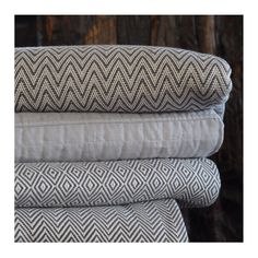 Türk pamuğu ile dokunan havlularımız, dokusu ile sizi şımartacak.   Pamper yourself with our 100% Turkish cotton towels. https://simplelifeistanbul.com/tr/havlular/56?utm_content=bufferecb08&utm_medium=social&utm_source=pinterest.com&utm_campaign=buffer