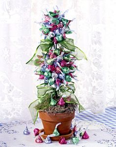 How to Make the Hershey Kiss Topiary - Adjustments in colors for Valentines Day.