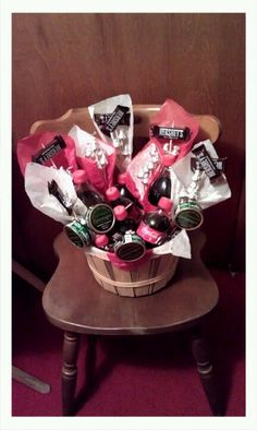 A must for Valentine's Day this year. Lloyd will love me for this (: Cute Gifts, Baby Gifts, Cute Love, My Love, Bachelorette Gifts, Love Bugs, Boyfriend Gifts, Party Favors, Valentines Day