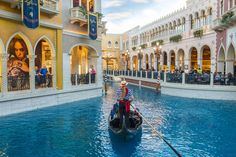 Walk along the Grand Canal or take a gondola ride at the Venetian. Couples Resorts, Best Ski Resorts, All Inclusive Resorts, Best Vacations, Hotels And Resorts, Best Las Vegas Hotels, Las Vegas Resorts, Visit Las Vegas, Best Hotels