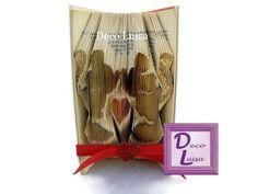 Libro plegado, libro con iniciales, libro Minnie y Mickey ,libro con corazón, libro para regalo de bodas, regalo San Valentín, de DecoLuisaBookArt en Etsy
