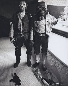 One of several set ups and outcomes of the Walrus Man fight scenes in the cantina in Star Wars Star Wars Film, Star Wars Episódio Iv, Star Wars Baby, Star Wars Characters, Star Wars Episodes, Geeks, Episode Iv, Star Wars Pictures, Star War 3