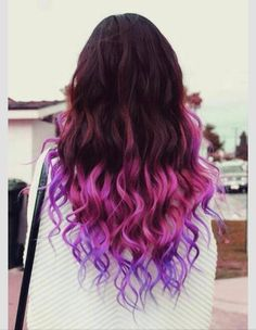 I love it. I want to dip dye my hair so bad!! I might do it over the summer. Mint Green or Baby Pink. Help me choose please!