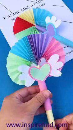 Instruções Origami, Paper Crafts Origami, Easy Paper Crafts, Fun Crafts, Crafts For Kids, Gift Wrapping Tutorial, Solar System Crafts, Art N Craft, Mother's Day Diy