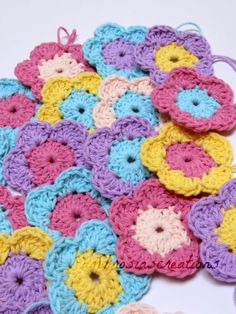 Ambrosia's Creations: Pattern: Simple Crochet Flowers