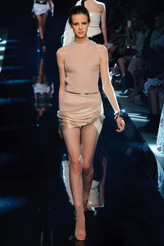 Alexandre Vauthier at Couture Fall 2013 Alexandre Vauthier, Fashion Hub, Fashion Addict, Mini Skirt Dress, 2014 Fashion Trends, Cool Suits, Autumn Winter Fashion, Fall Winter, Ideias Fashion