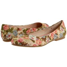 BC Footwear Limousine Cream Floral Fabric - Zappos.com Free Shipping... ($45) ❤ liked on Polyvore featuring shoes, flats, zapatos, sapatos, floral, cream shoes, floral flat shoes, bc footwear flats, floral shoes and floral flats
