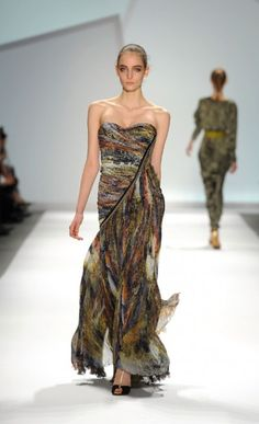Fall 2011, Carlos Miele: This is dreamy...