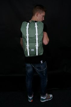Herschel Tas Little America Backpack Defender Green Bone