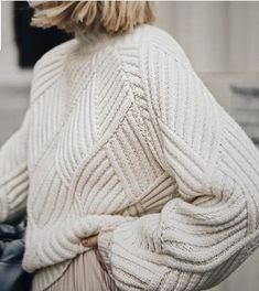 Knitwear Fashion, Knit Fashion, Jumpers For Women, Women's Jumpers, Fashion Mode, Knitting Designs, Sweater Weather, Cable Knit, Nice Dresses